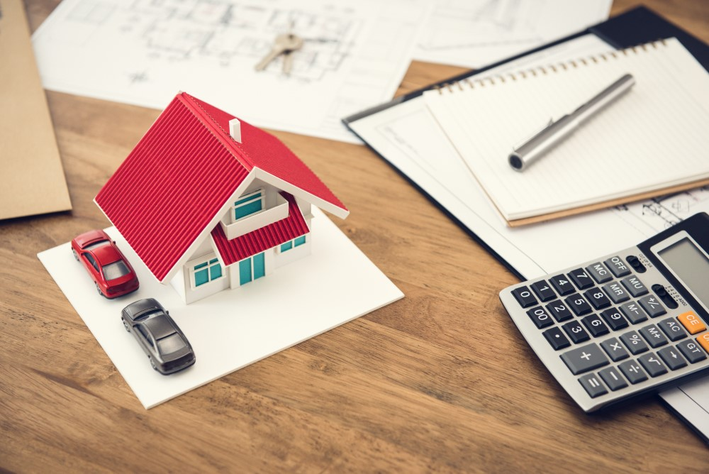 The Difference Between a Mortgage Broker and a Bank